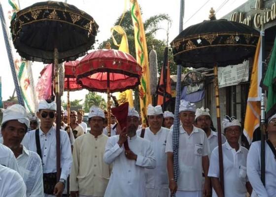Nusabali.com - tradisi-ngrebeg-keris-ki-baru-gajah-jadi-warisan-budaya
