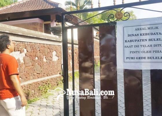 Nusabali.com - bikin-geger-puri-agung-singaraja-pasang-pintu-besi