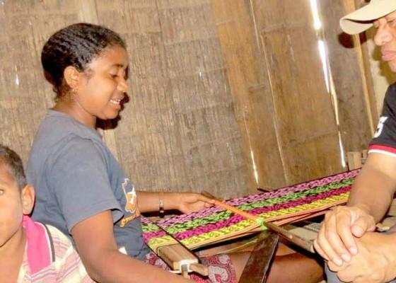 Nusabali.com - festival-sarung-akan-diramaikan-10-ribu-peserta