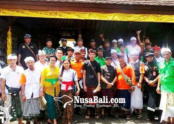Nusabali.com - lima-relawan-bergabung-amankan-jalur-melasti