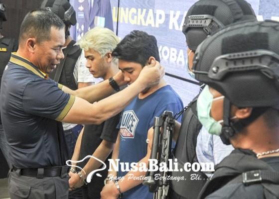 Nusabali.com - polisi-tangkap-bandar-besar-miliki-50-kg-shabu-dan-65-ribu-butir-ekstasi