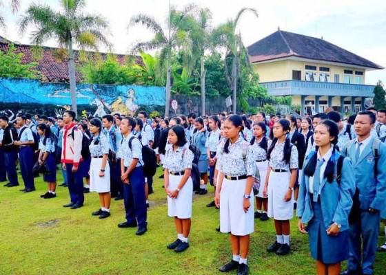 Nusabali.com - sman-2-amlapura-borong-juara-osn