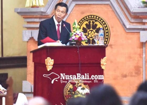 Nusabali.com - angkat-disertasi-pengaturan-kebebasan-pers-perdagangan-jasa-pariwisata
