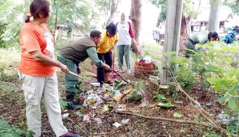 www.nusabali.com-clean-up-di-tnbb-terkumpul-27-ton-sampah