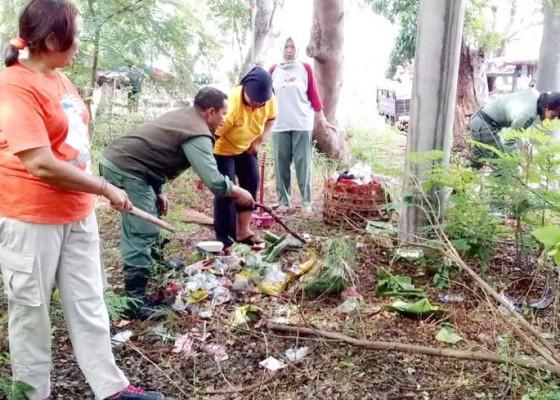 Nusabali.com - clean-up-di-tnbb-terkumpul-27-ton-sampah