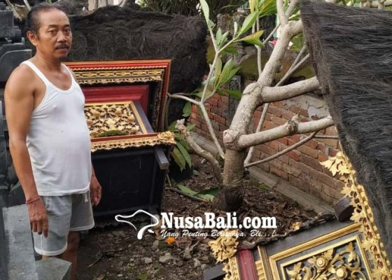 Nusabali.com - puting-beliung-terjang-dalung-24-rumah-rusak