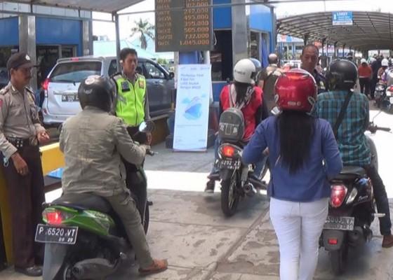 Nusabali.com - nyepi-penumpang-keluar-bali-semakin-melonjak