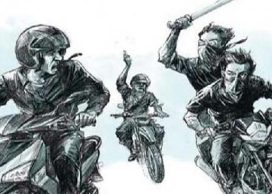 Nusabali.com - gerombolan-bikers-tebas-tangan-pemuda