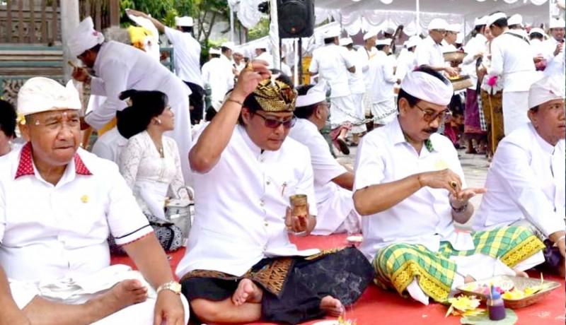 www.nusabali.com-badung-gelar-tawur-agung-kesanga-di-catus-pata-mengwi