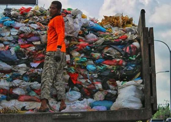 Nusabali.com - volume-sampah-di-buleleng-naik-20-persen