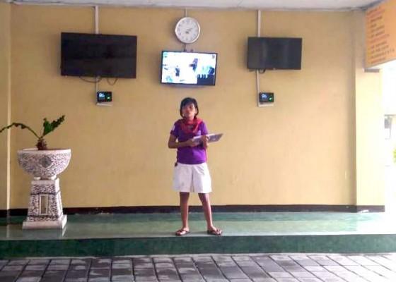 Nusabali.com - keliaran-saat-nyepi-wanita-sumba-diamankan