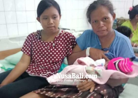 Nusabali.com - saat-nyepi-11-bayi-lahir-normal