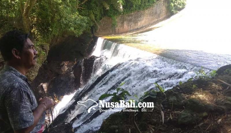 www.nusabali.com-desa-pakraman-bandung-kembangkan-objek-air-terjun
