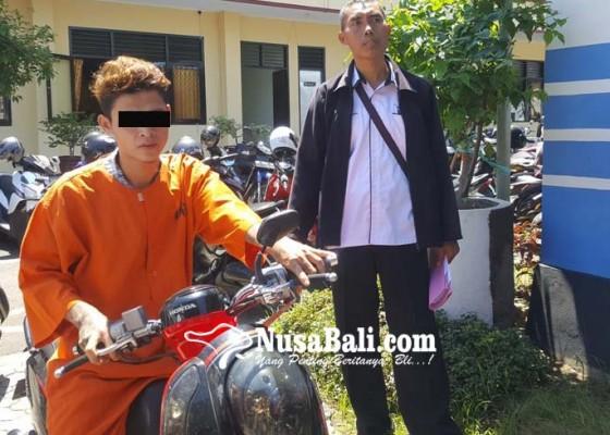 Nusabali.com - kecanduan-tajen-motor-teman-digadai