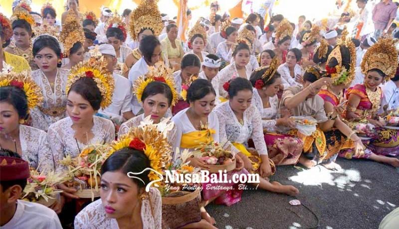 www.nusabali.com-matatah-massal-dibiayai-apbdes