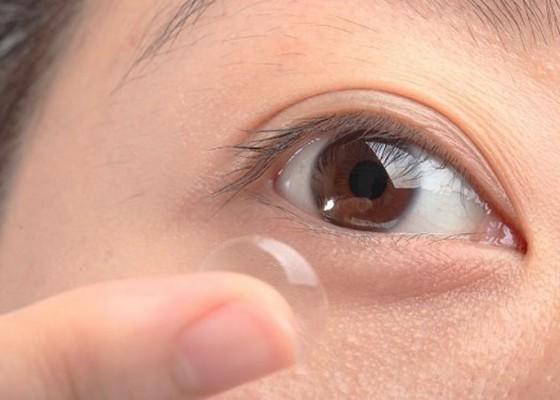 Nusabali.com - bahaya-dari-lensa-kontak-sudahkah-anda-tahu