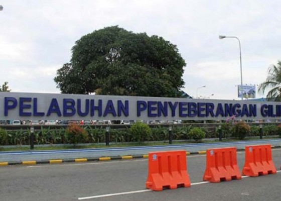 Nusabali.com - angin-kencang-penyeberangan-ditutup-satu-jam-lebih