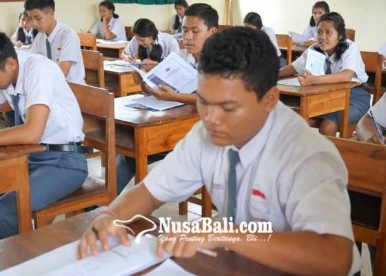 Nusabali.com - 5080-siswa-di-karangasem-ikut-usbn