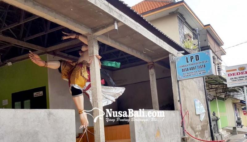 www.nusabali.com-puluhan-ogoh-ogoh-tak-dipralina