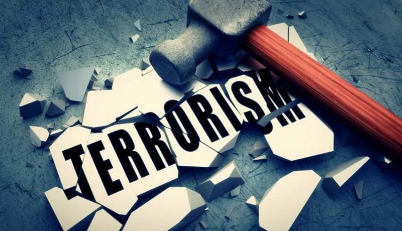www.nusabali.com-teroris-abu-hamzah-tanam-4-bom-ranjau-di-halaman-rumahnya