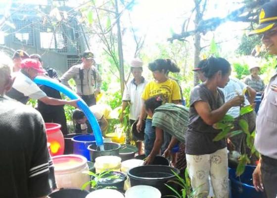 Nusabali.com - water-canon-diterjunkan-bantu-krisis-air