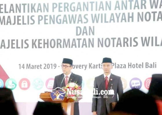 Nusabali.com - menteri-yasonna-lantik-puluhan-majelis-pengawas-dan-majelis-kehormatan-notaris