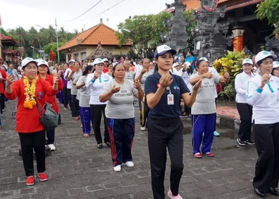 Nusabali.com - kutampi-desa-ke-23-terapkan-program-hatinya-pkk-provinsi-bali