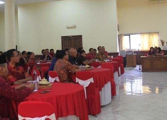Nusabali.com - kasek-smp-dan-smasmk-diberi-motivasi