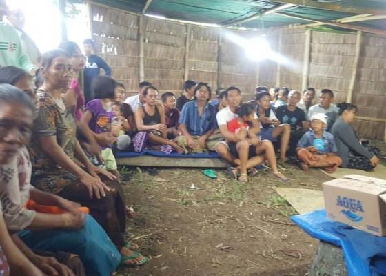 Nusabali.com - punya-bayi-kembar-buncing-wajib-mondok-di-ujung-desa-selama-3-bulan