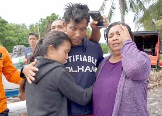 Nusabali.com - paman-ponakan-9-jam-bergelantungan-di-rumpon