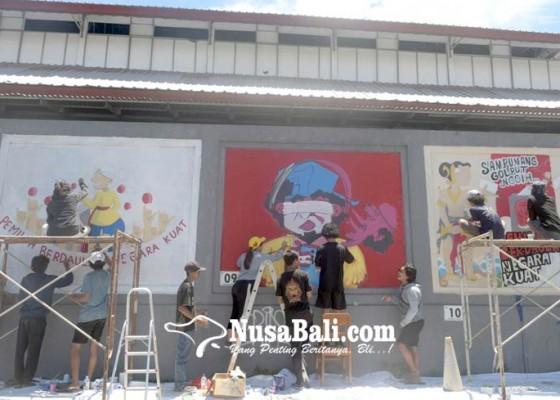 Nusabali.com - lomba-mural-ajak-masyarakat-datang-ke-tps-pada-17-april