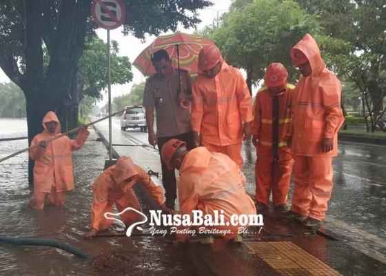 Nusabali.com - kawasan-civic-center-jembrana-tergenang