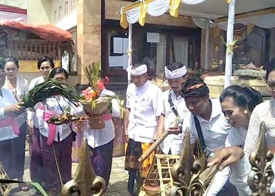 Nusabali.com - pindah-lahan-kantor-desa-bedulu-dipelaspas