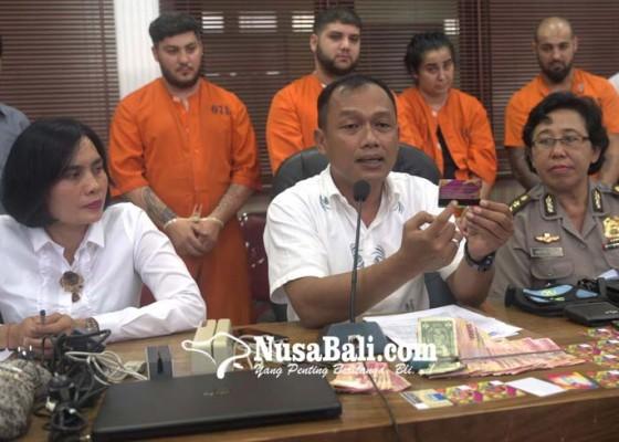 Nusabali.com - bobol-atm-di-bali-4-wna-buron-polisi-rumania-ditangkap
