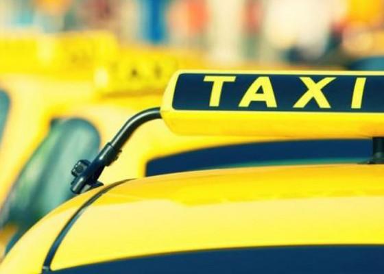 Nusabali.com - taksi-konvensional-minta-aturan-jelas-terkait-kuota