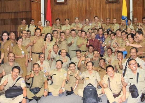 Nusabali.com - gubernur-dorong-pemenuhan-ruang-kelas