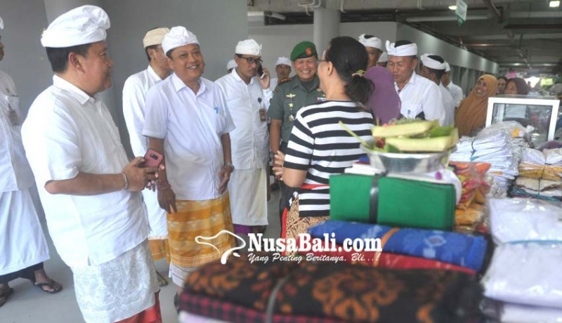 www.nusabali.com-grand-opening-pasar-badung-2000-penari-pendet-sambut-jokowi