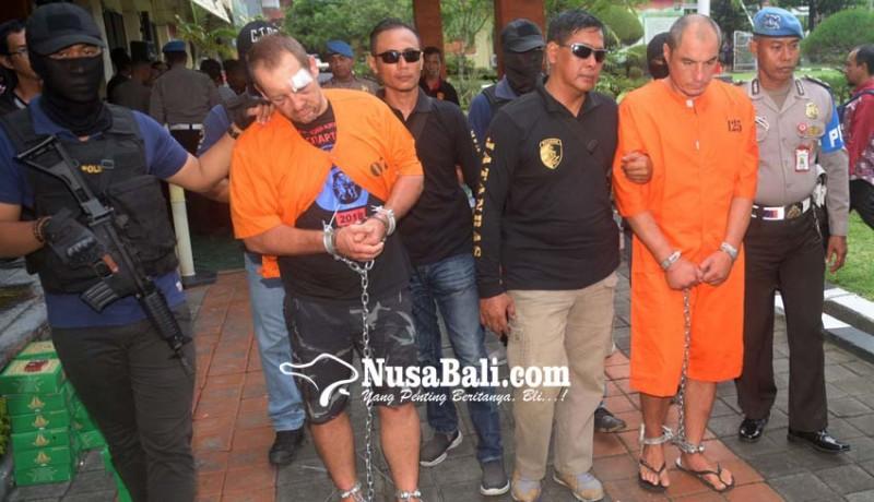 www.nusabali.com-diduga-perampas-senjata-anggota-brimob