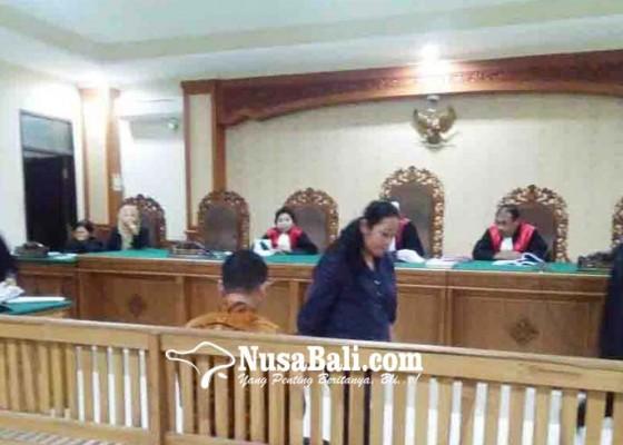 Nusabali.com - anggota-dewan-dan-istri-saling-bersaksi