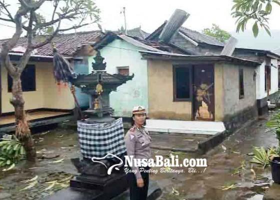Nusabali.com - 8-rumah-di-tukadmungga-dirusak-puting-beliung