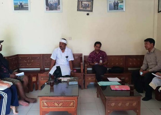 Nusabali.com - tim-hubungan-industrial-jembrana-sidak-umk