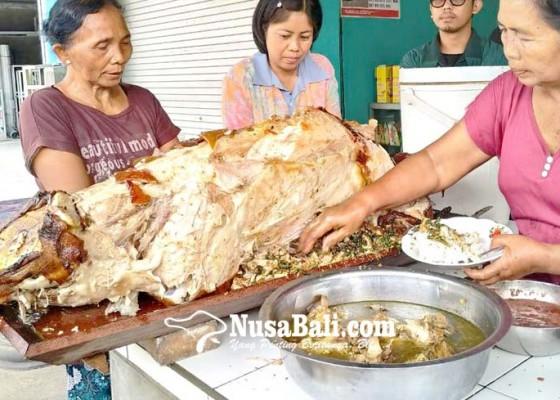 Nusabali.com - buka-hanya-di-hari-rabu-cara-masaknya-masih-tradisional
