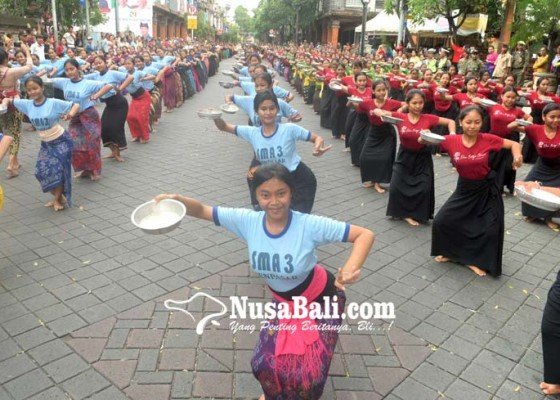Nusabali.com - hari-ini-pasar-badung-diresmikan-jokowi
