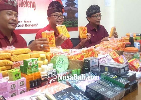 Nusabali.com - loka-pom-buleleng-sita-228-kilogram-bleng-siap-edar-yang-mengandung-boraks