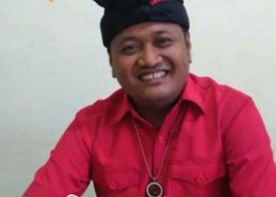 Nusabali.com - bupati-mahayastra-mapunia-di-pura-puseh-semaon