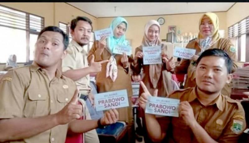 www.nusabali.com-aksi-pamer-stiker-prabowo-di-sekolah-berujung-pemecatan