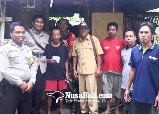 Nusabali.com - polsek-manggis-bantu-penyandang-disabilitas-di-abian-canang