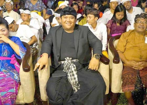 Nusabali.com - bupati-kukuhkan-st-dwi-genta-darma-sandi