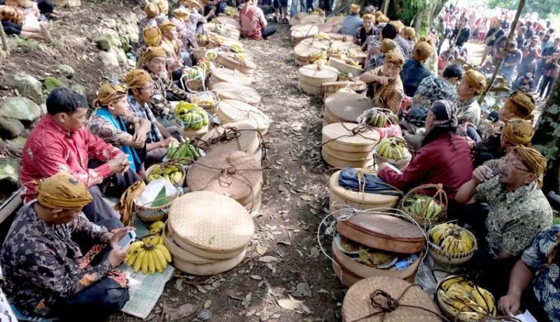 www.nusabali.com-tradisi-rejeban-plabengan