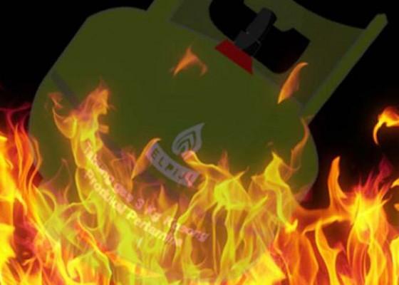 Nusabali.com - selang-gas-bocor-dapur-nyaris-ludes-terbakar